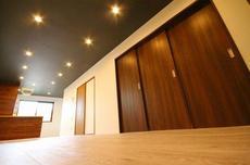 木の温もりがもたらす癒しの空間~清須市リノベーション1LDK部屋~