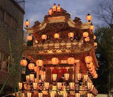 4月6日・7日は「道三まつり」と6日夜は山車の「岐阜祭り」