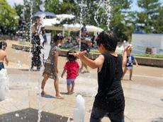 水遊び、手持ち花火エリアや盆踊り、ツリーイングも!子供が楽しめる138タワーサマーフェスタ