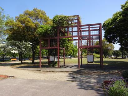 学校見本緑化園.JPG